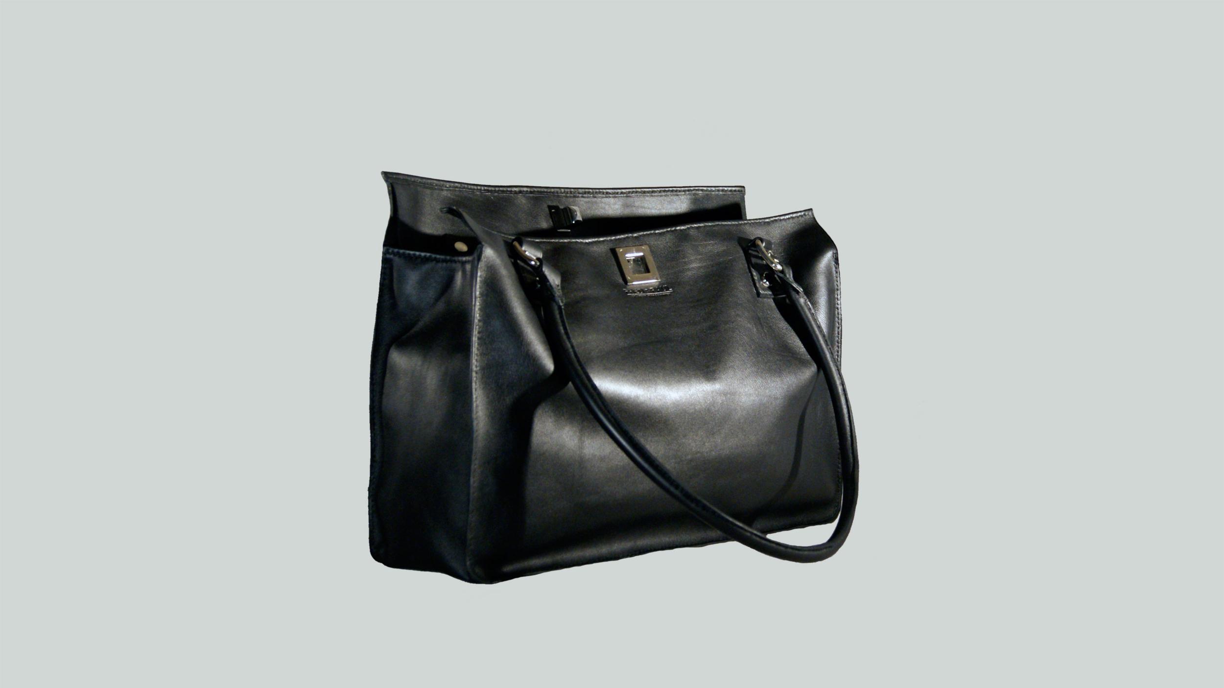 MAKASSAR sac porté main ou épaule en cuir de veau noir