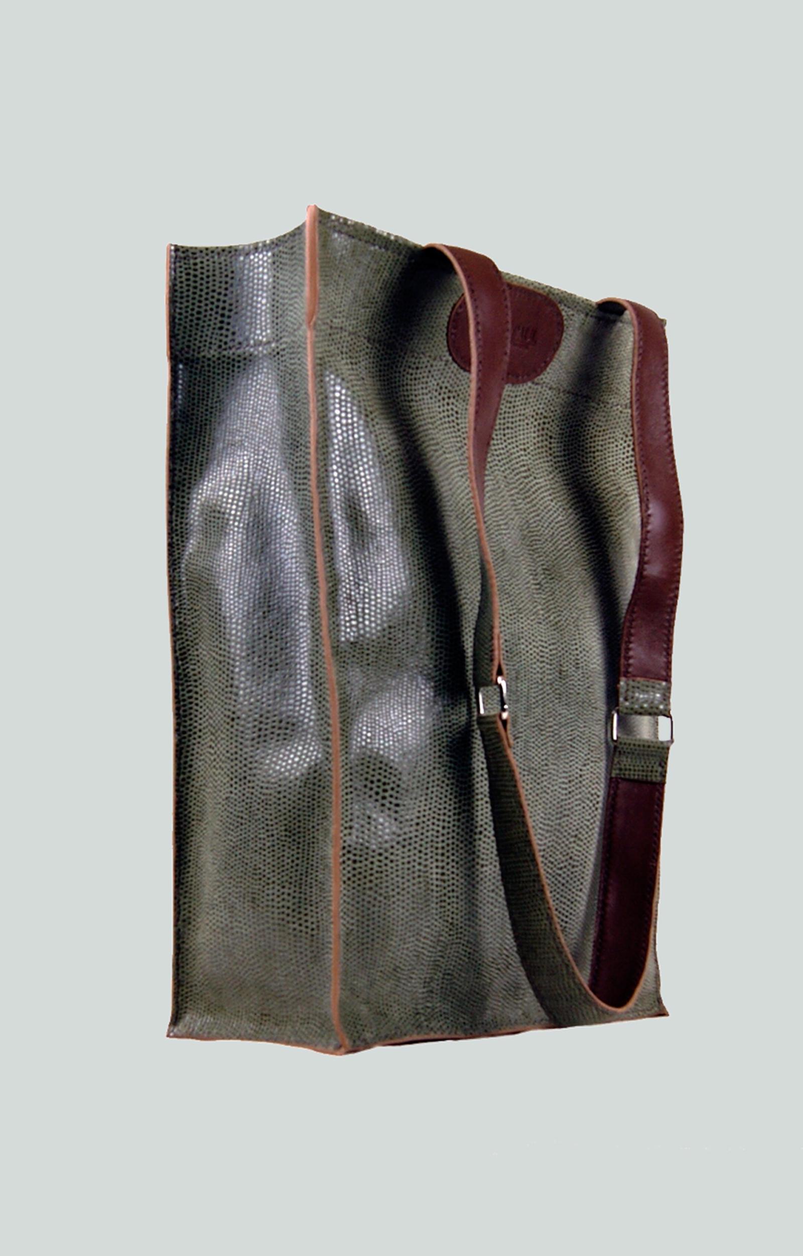 KAMET 2.0 sac shopping en cuir de veau vert façon reptile