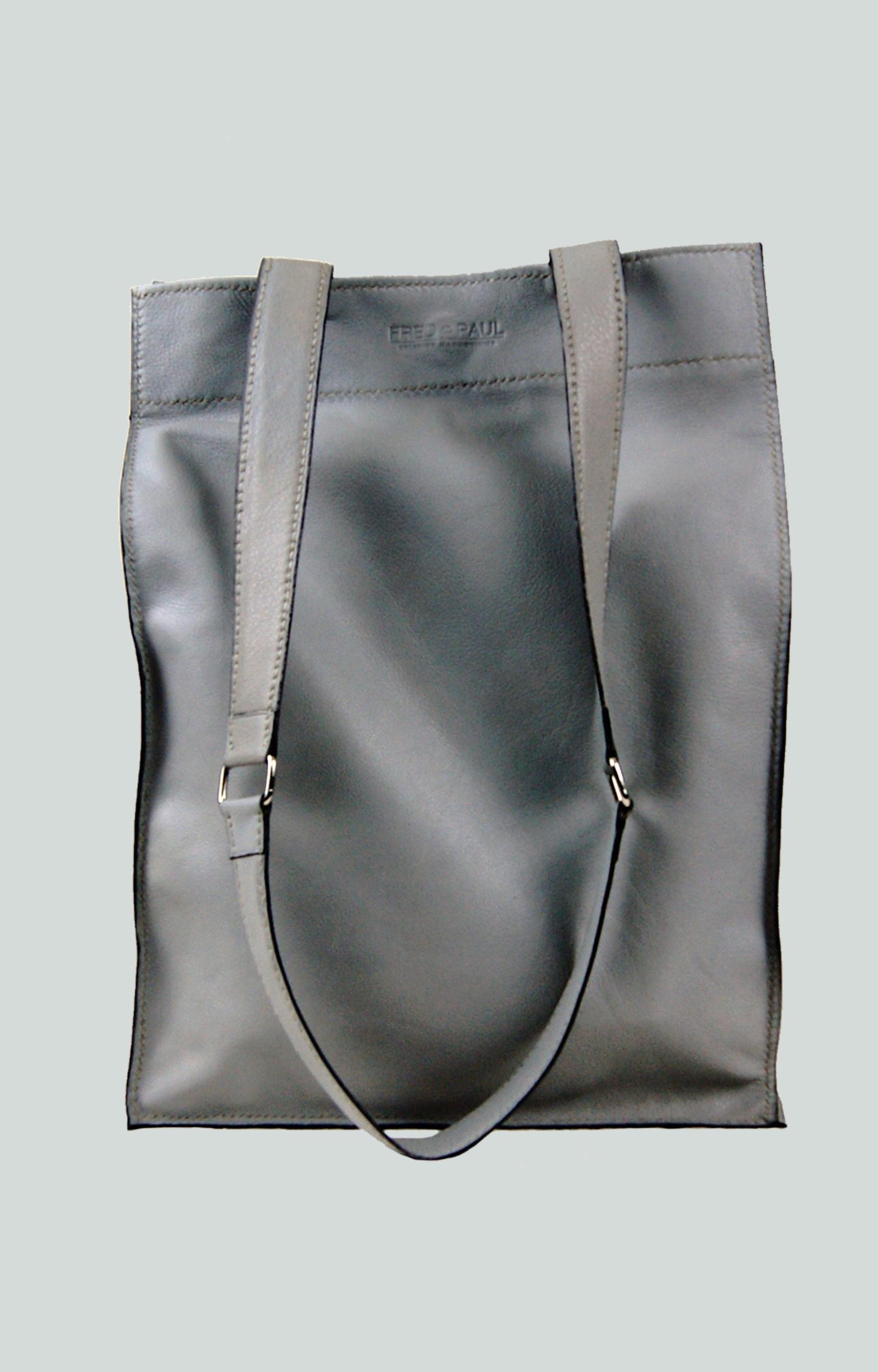 KAMET 2.0 sac shopping en cuir de veau gris
