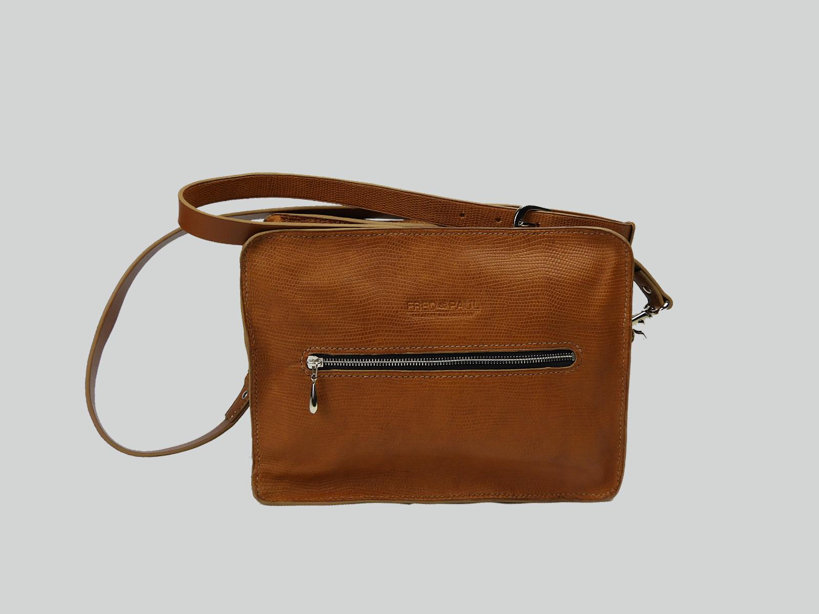 MALACCA sac porté épaule ou croisé en cuir de veau façon reptile fauve