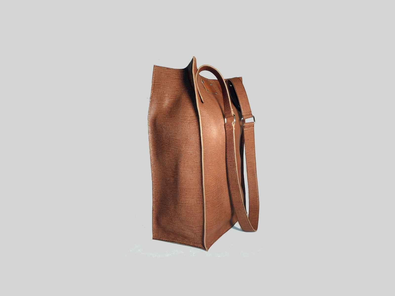 KAMET 3.0 sac shopping en cuir de veau façon reptile noisette