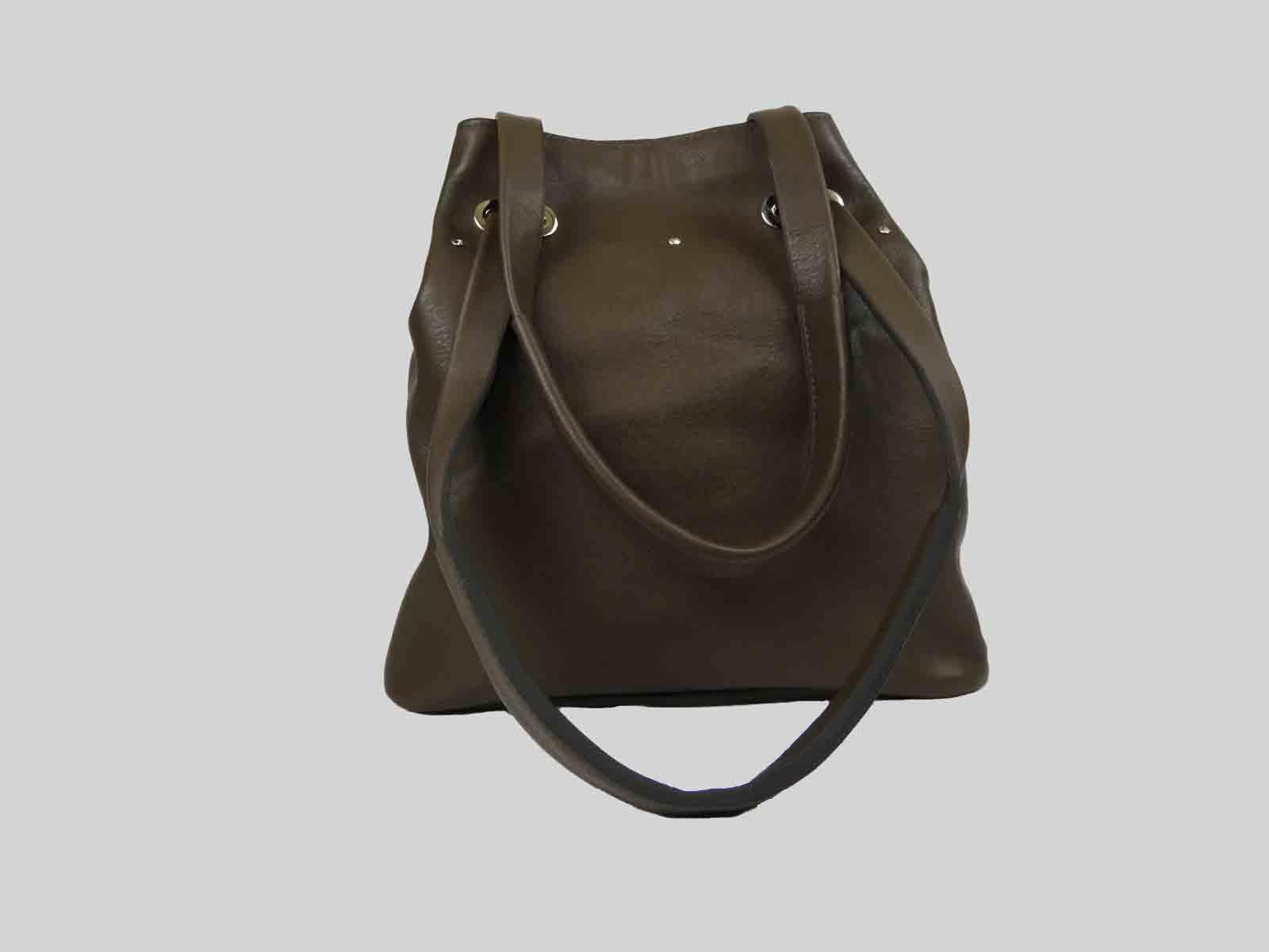 KORO sac porté épaule ou croisé en cuir de veau tabac