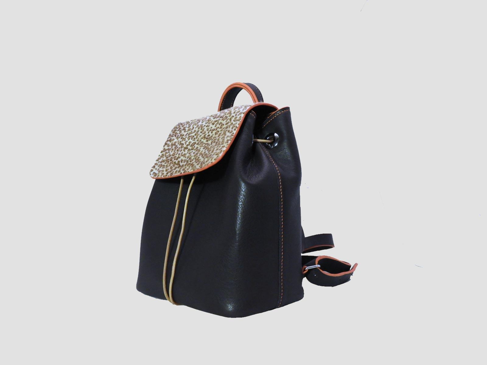 FUNDY sac à dos en cuir de veau chocolat
