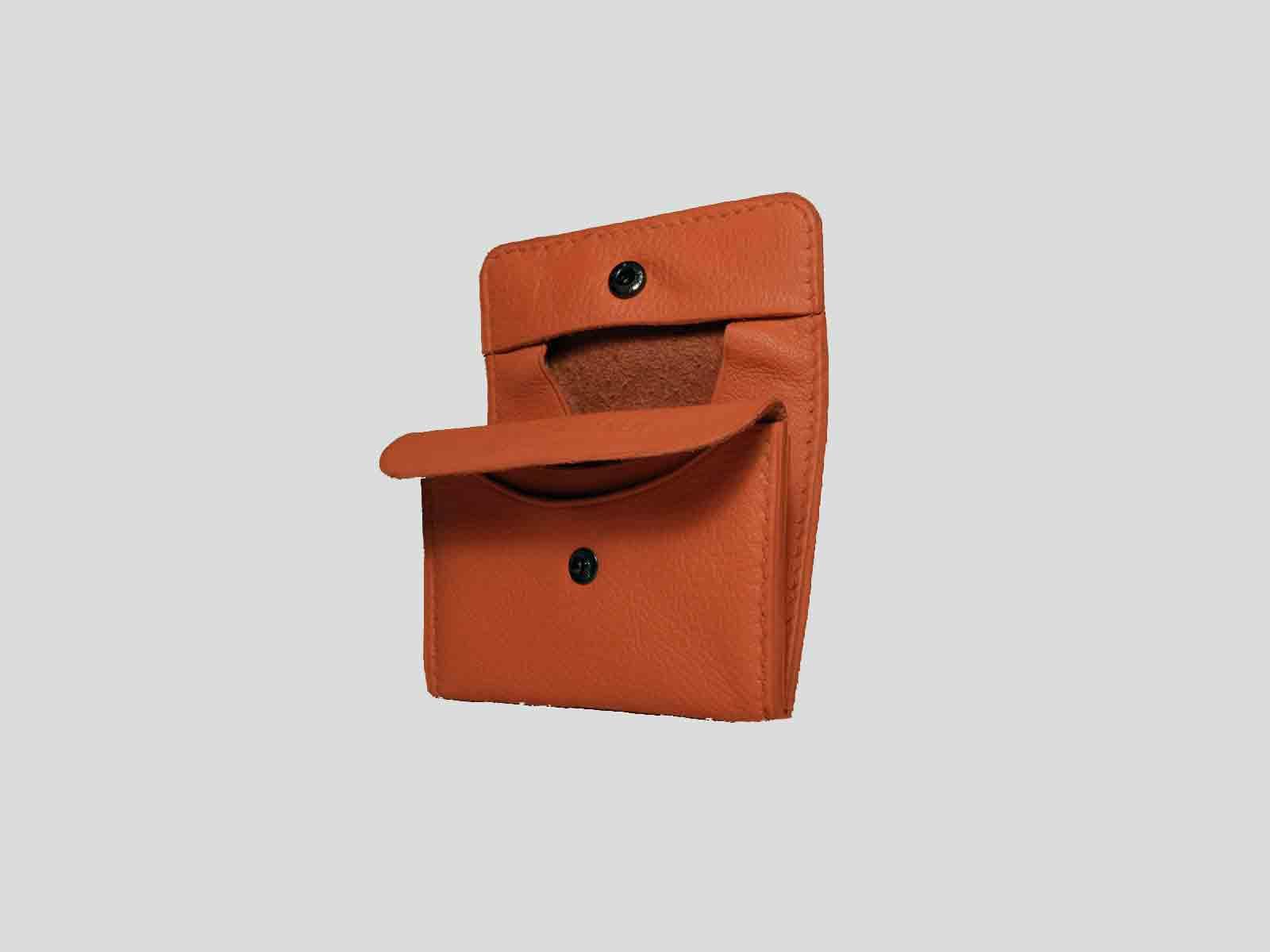 KULA KANGRI, porte monnaie en cuir de veau orange
