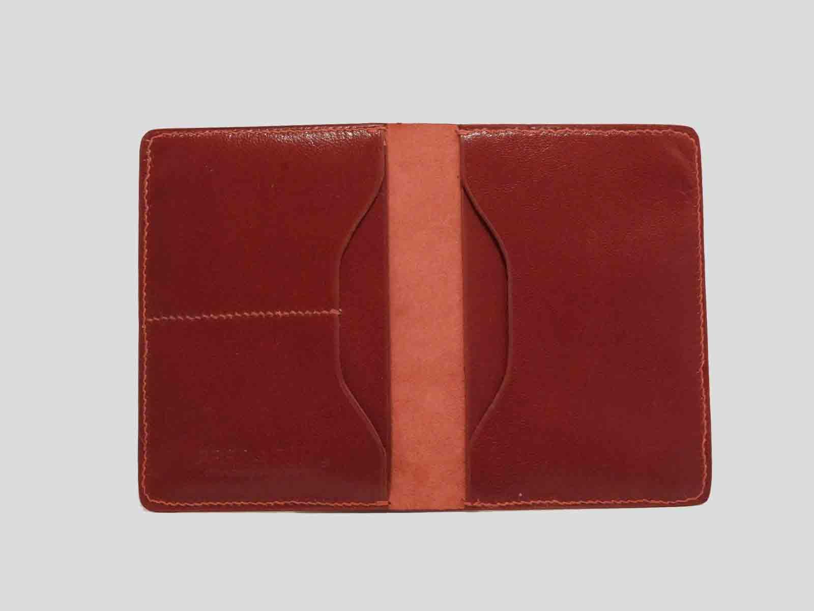 BALI, protège passeport en cuir de veau rouge framboise