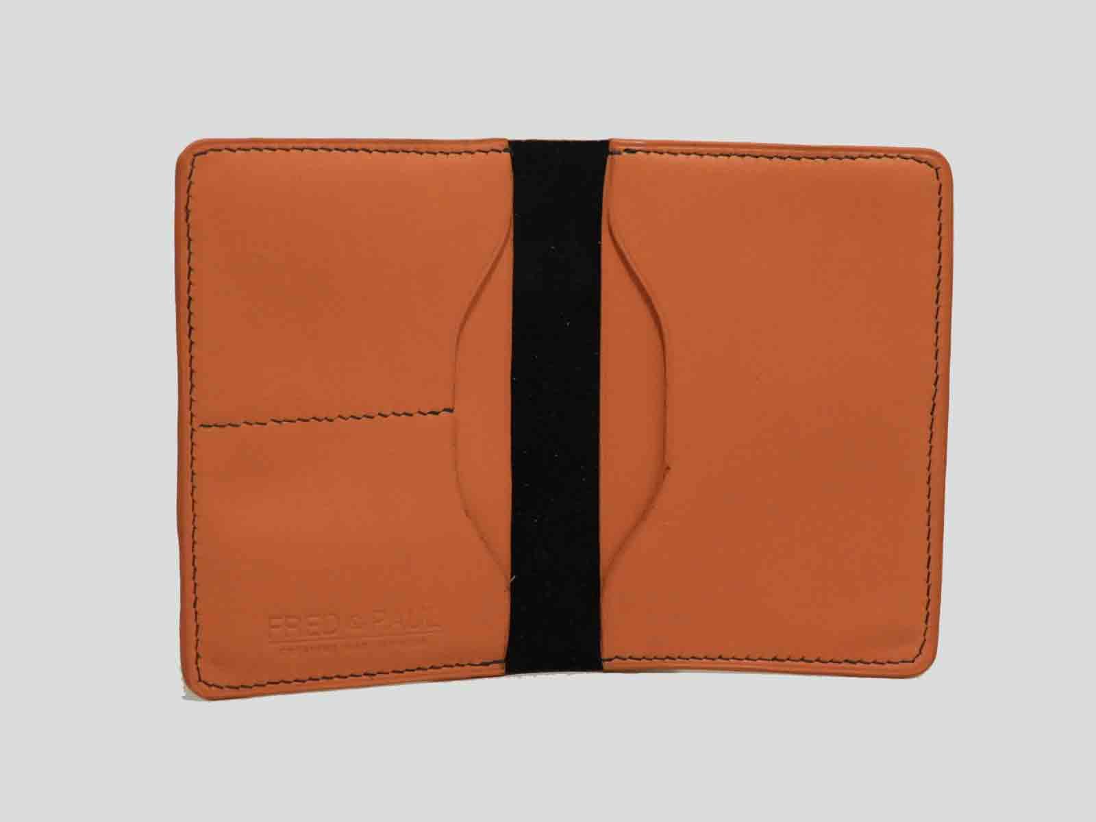 BALI protège passeport en cuir de veau chocolat et orange