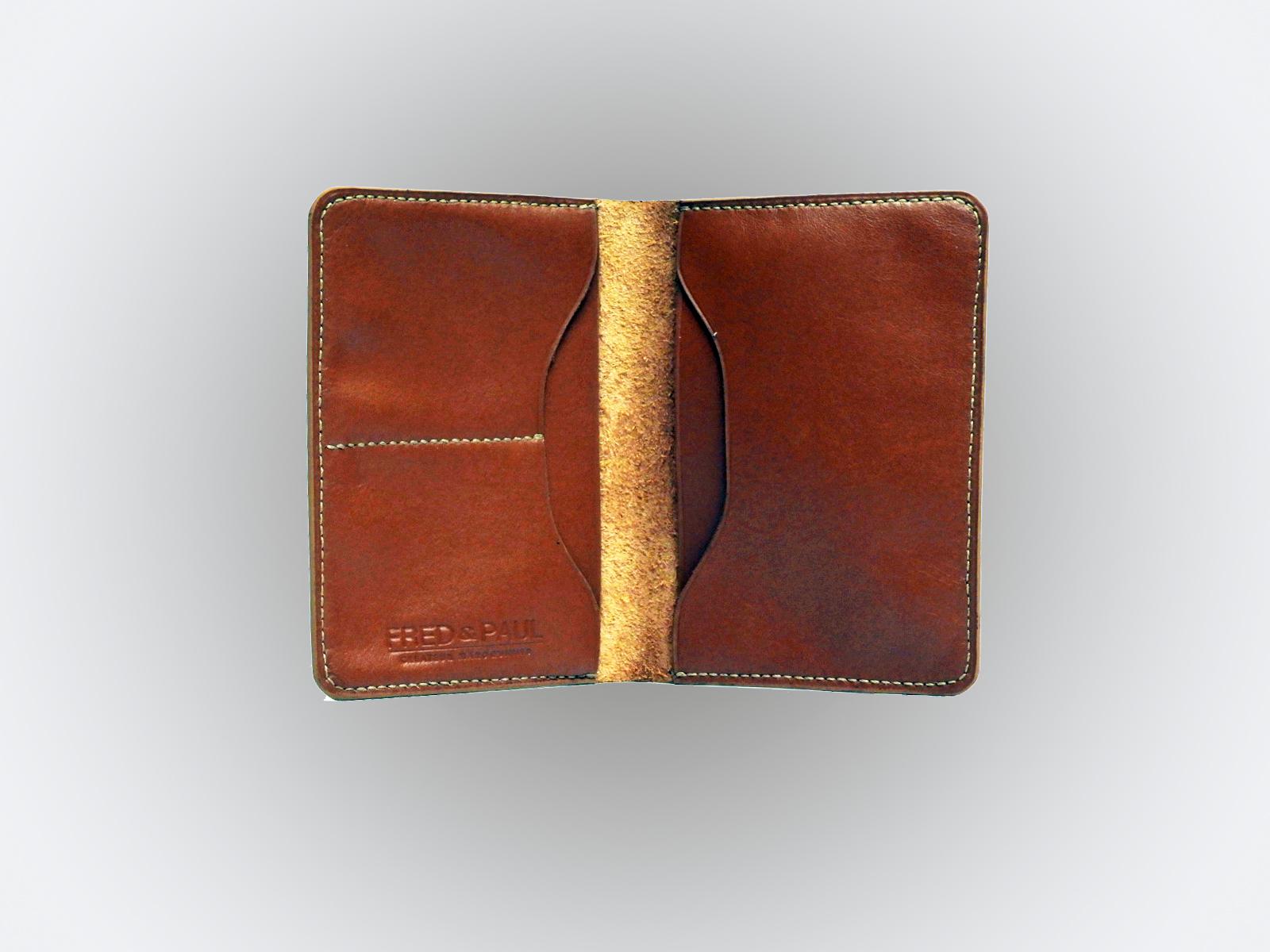 BALI, protège passeport en cuir de veau noisette
