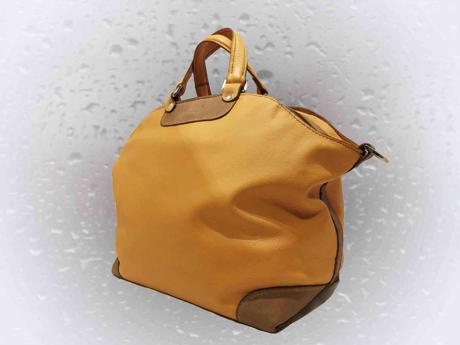 24H sac porté main ou épaule en cuir de veau orange
