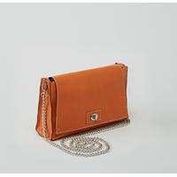 POKALDE pochette en cuir de veau orange porté main ou épaule