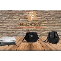 PUMORI S sac en cuir de veau façon reptile noir, porté épaule ou croisé