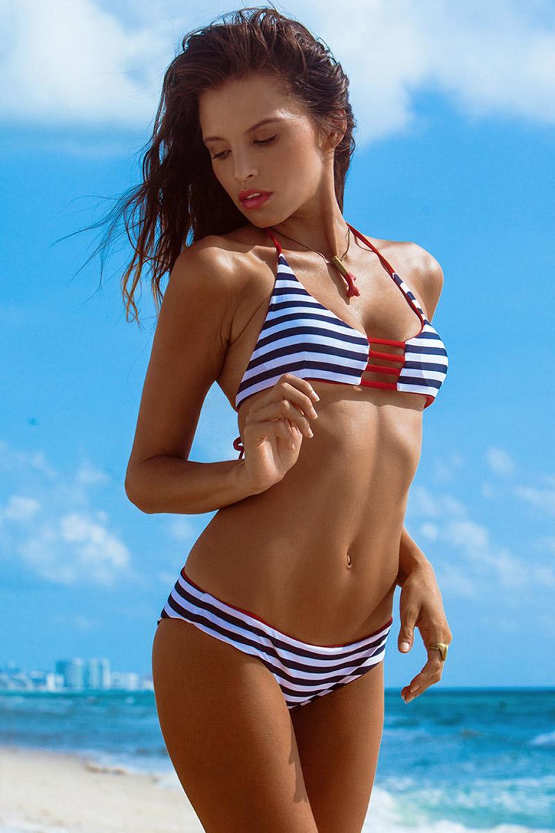 Bikini Megalo