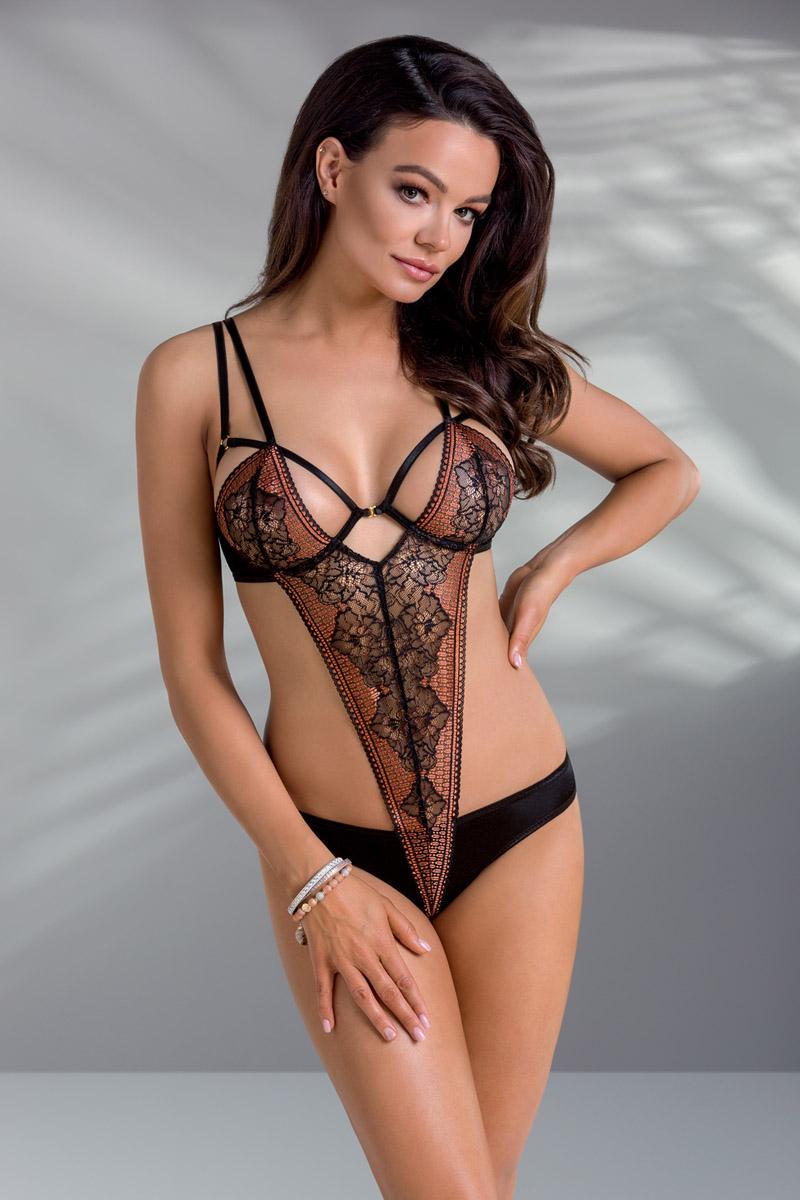 Body Mirella