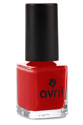 Vernis à ongles rouge hibiscus N°561