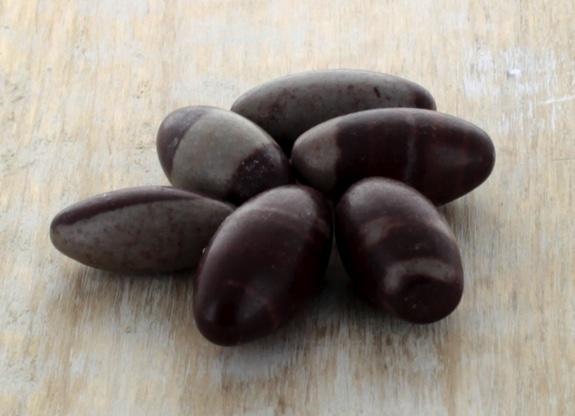 Lot de 10 Lingams Qualité Extra - 2,5 cm