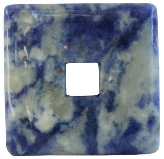 54707-pi-chinois-carre-sodalite-3-cm