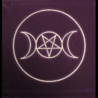 Tapis Violet Symbole Païen