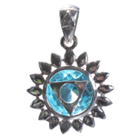 Médaille Chakra Vishuddha Argent 925 avec Topaze - 2 cm