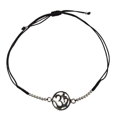 Bracelet Om Argent Avec Cordon Ajustable en Coton Noir