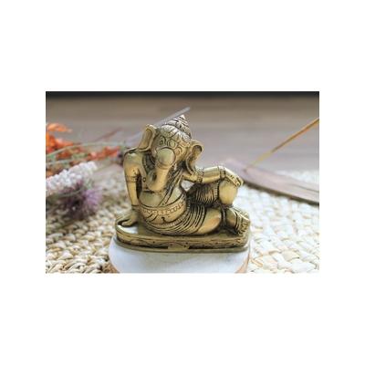 70445.2.Statuette Ganesh allongé en Laiton doré mat 8 cm