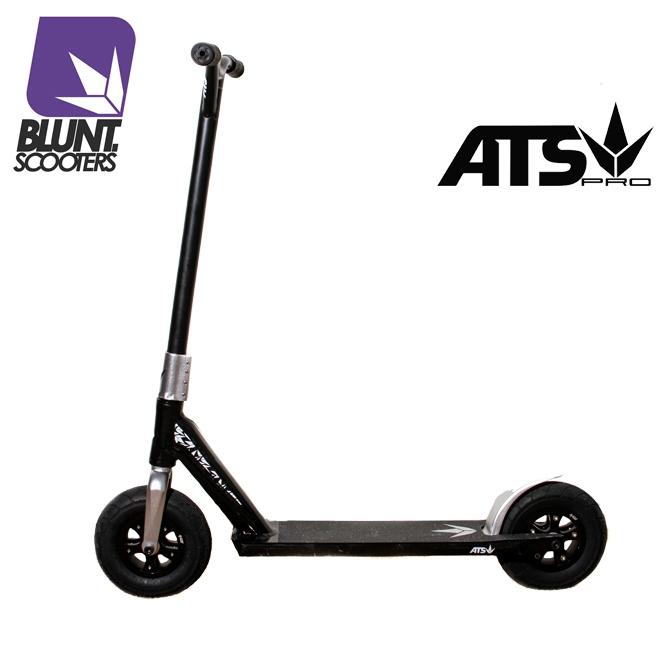 blunt ats dirt scooter noir rouge hors piste et street. Black Bedroom Furniture Sets. Home Design Ideas