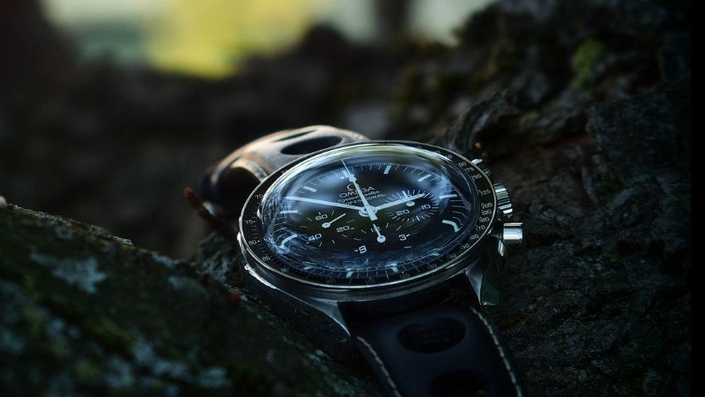omega-speedmaster-pro-moonwatch-zrc-watchiful-5