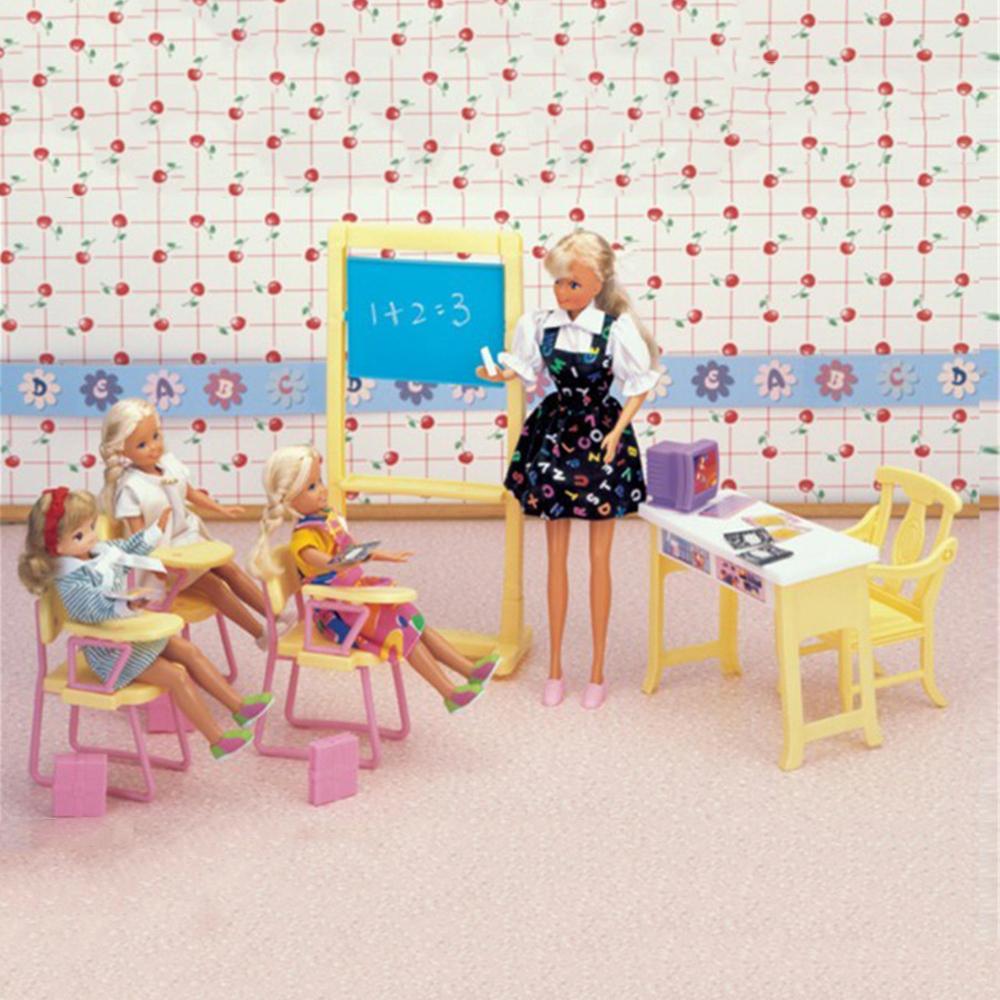Salle de classe barbie