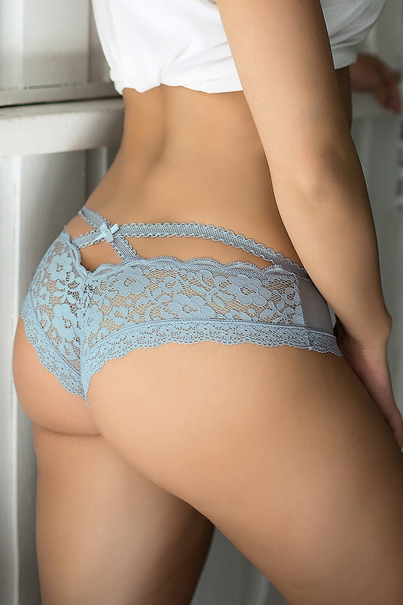 Tanga bleu en dentelle fine paris hollywood