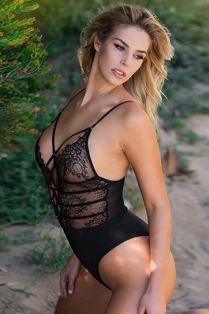 Body string femme dentelle noir paris hollywood S au XL