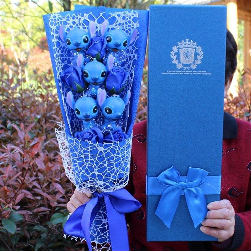 Bouquet de fleurs stitch rose ou bleu Andralyn