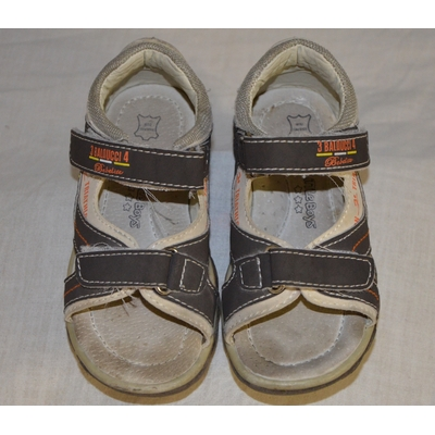 """chaussures """"little boys"""" taille 23"""