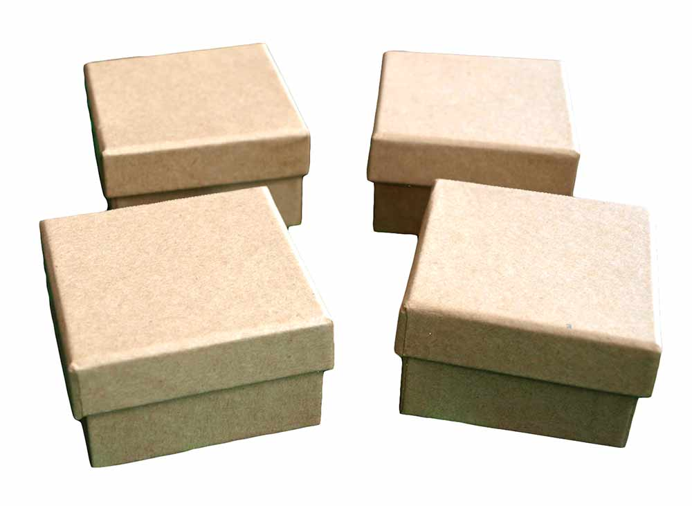 Lot de 4 petites boîtes carrées en carton