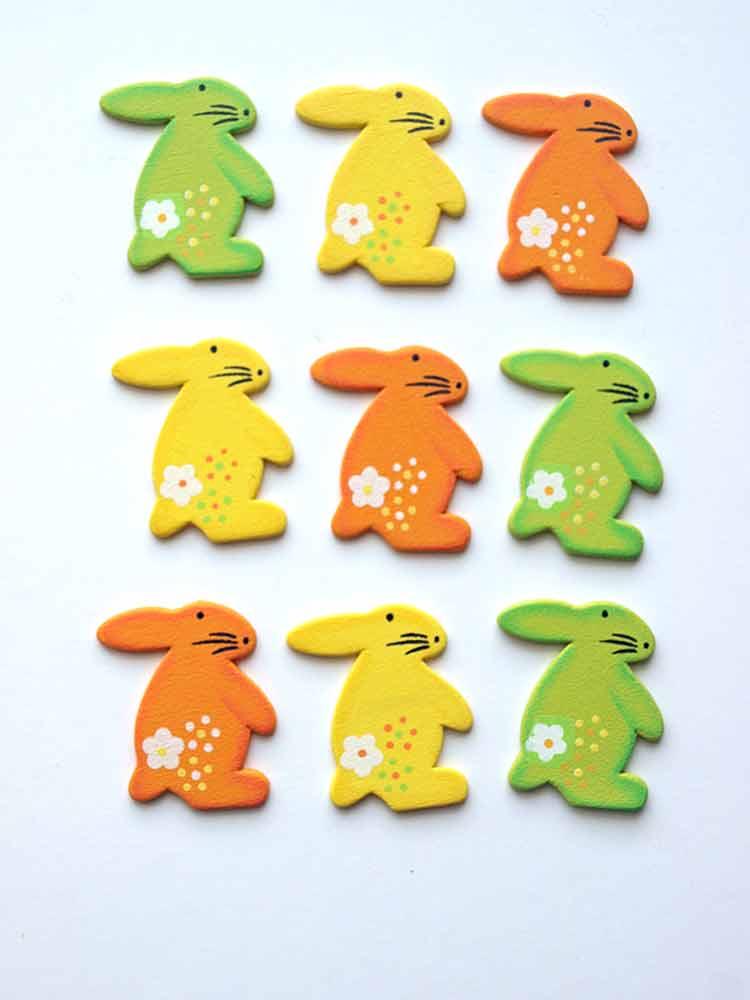 9 formes en bois décorées - petits lapins