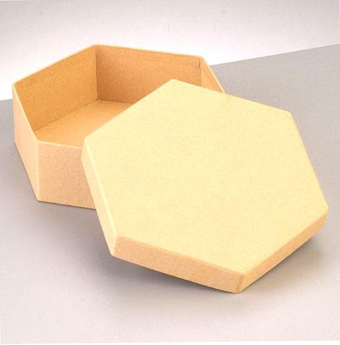 Boîte hexagonale en carton