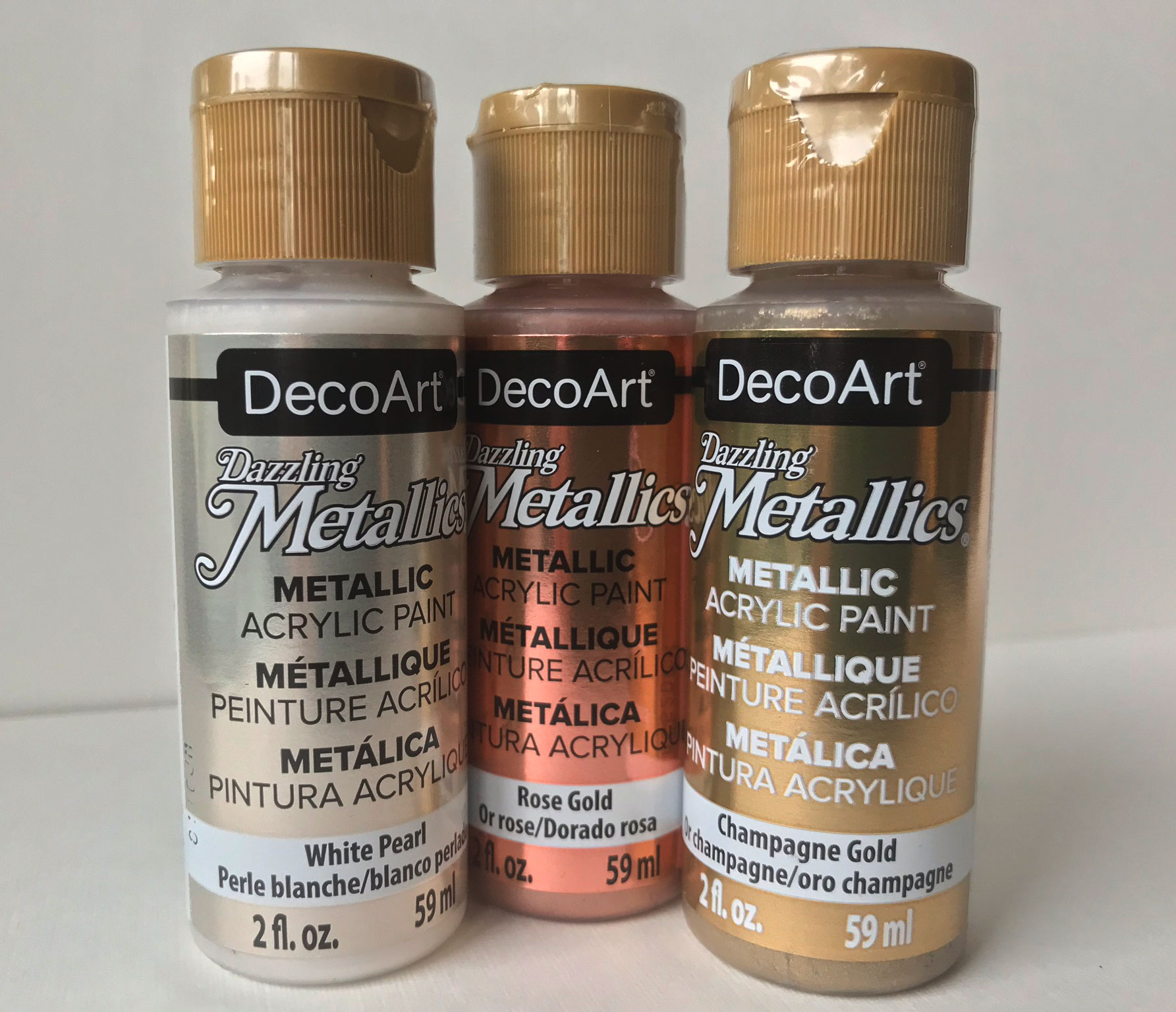 DecoArt-Dazzling-Metallics