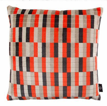 KDC5097-05-district-cushion-neon-orange_01