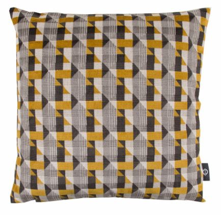 KDC5099-01-piccadilly-cushion-gold