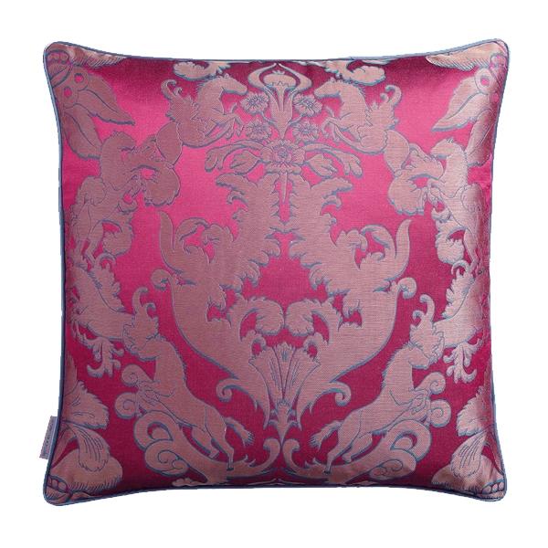 pegasus-pink-coussin-matthew-williamson-65x65-0805168001394113305