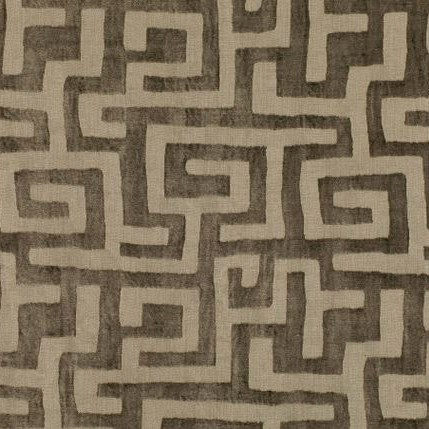 tissu-kuba-cay-gros-motif-ethnique-canape-marron