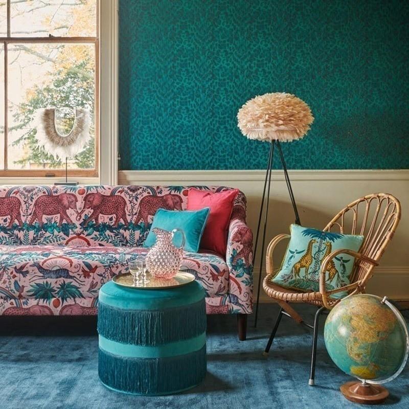 papier-peint-leopard-bleu-clarke-and-clarke