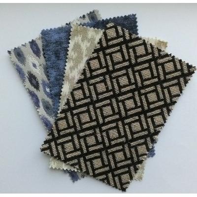 Échantillons de tissus et papiers peints