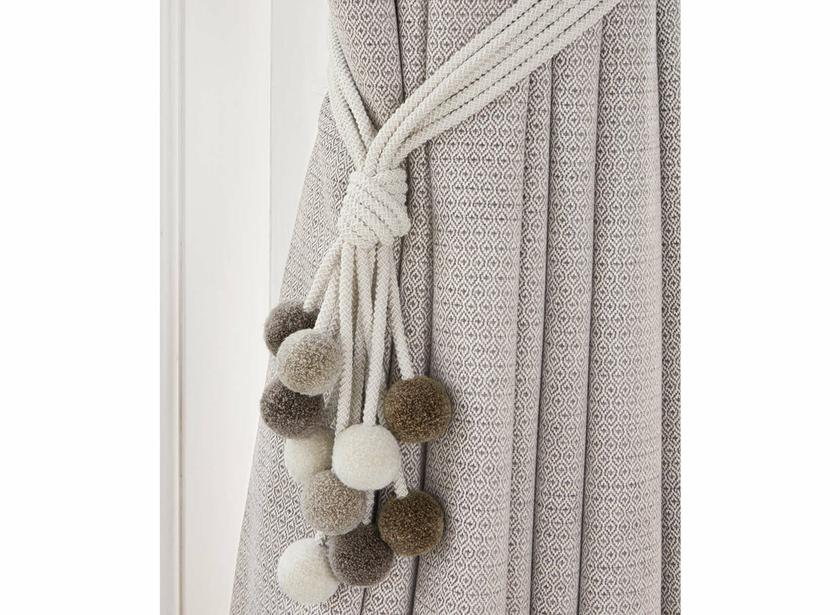 embrasse rialto passementeries embrasses le boudoir des etoffes. Black Bedroom Furniture Sets. Home Design Ideas