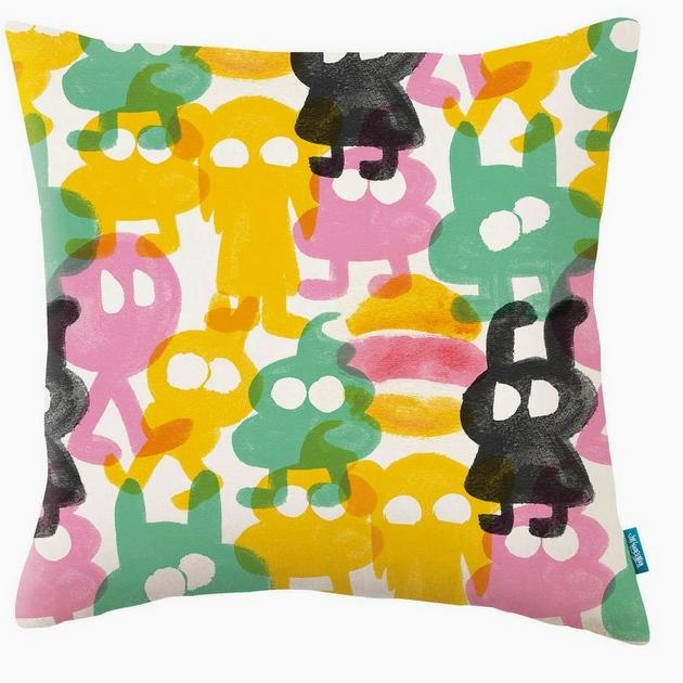 KDC5138-01-mild-beasts-cushion-mild-beasts_coussin-street-art-colore