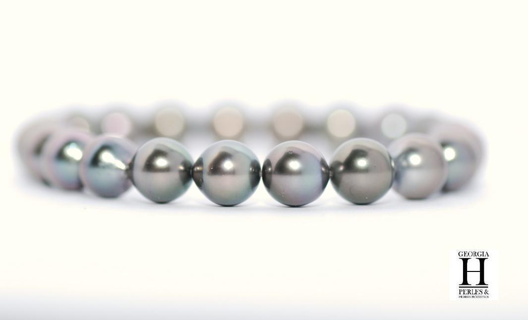 Bracelet princesse 21 perles de Tahiti couleur vert amande