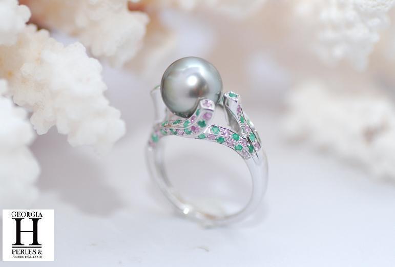 Bague saphirs roses et grenats tsavorites 1 perle de Tahiti