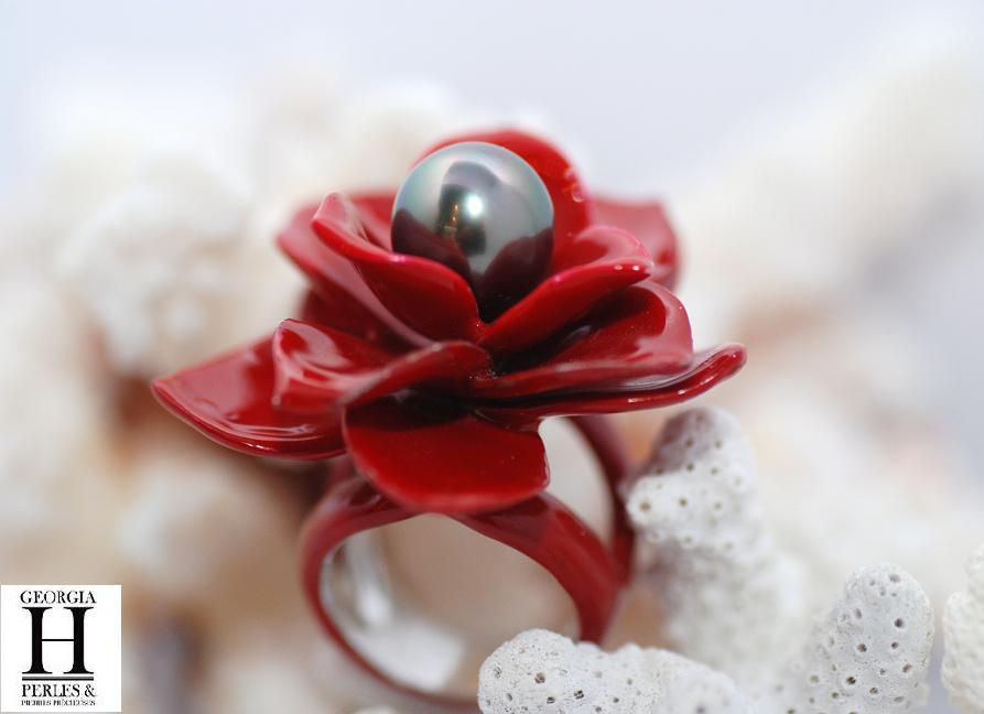 Bague Magnolia rouge et 1 perle de Tahiti