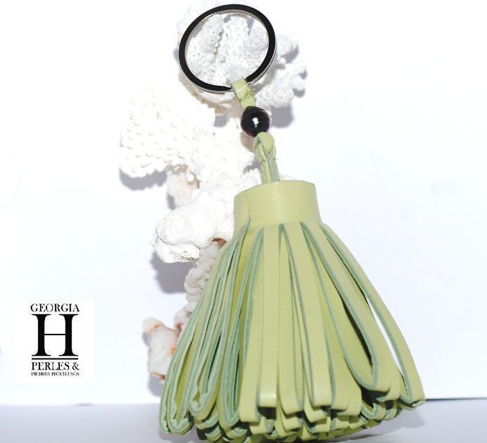Ponpon Vert pastel et perle de tahiti  (2)