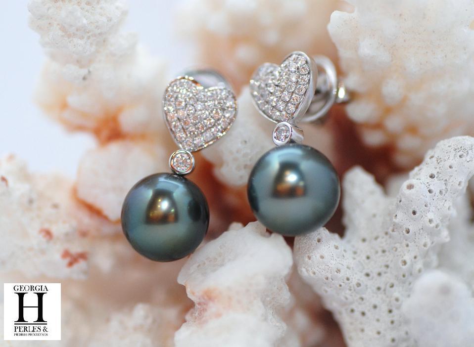 Pendants d\'oreilles coeurs de diamants et 2 perles de Tahiti