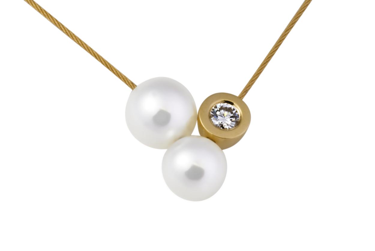 Collier câble or 2 perles blanches et 1 diamant