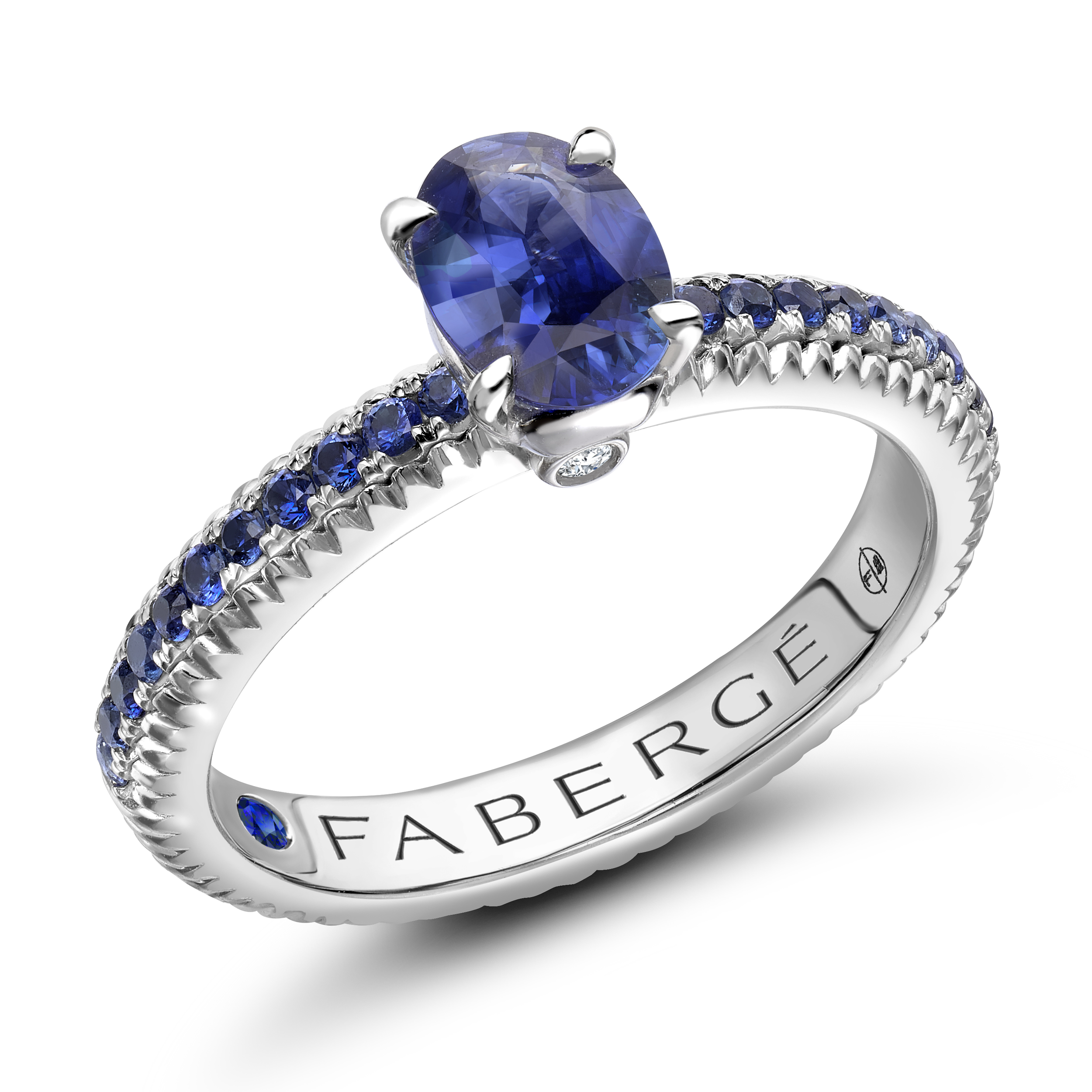 COLLECTION THREE COLOURS OF LOVE BAGUE CANNELÉE OR BLANC SAPHIRS