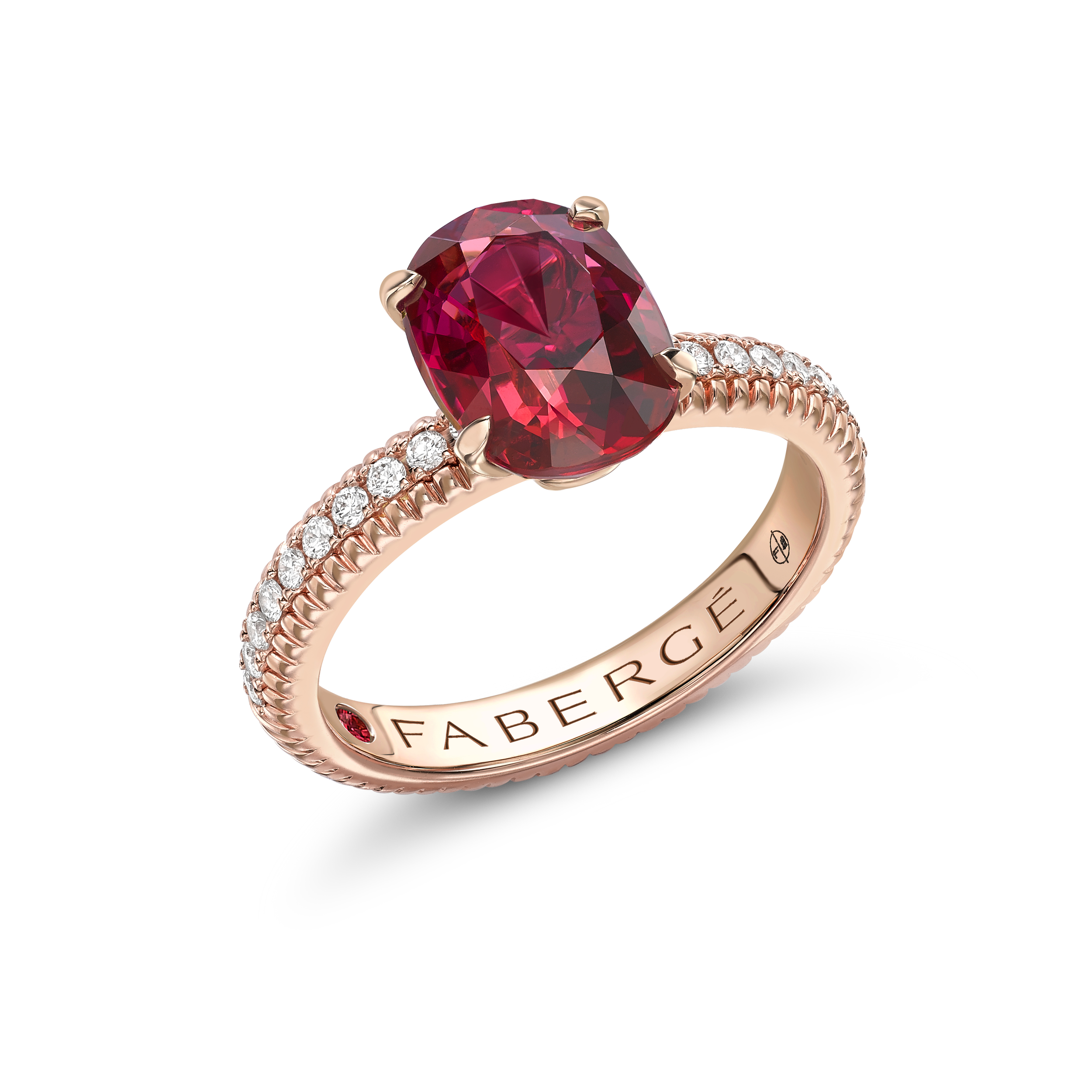 COLLECTION THREE COLOURS OF LOVE BAGUE CANNELÉE OR ROSE RUBIS ET DIAMANTS
